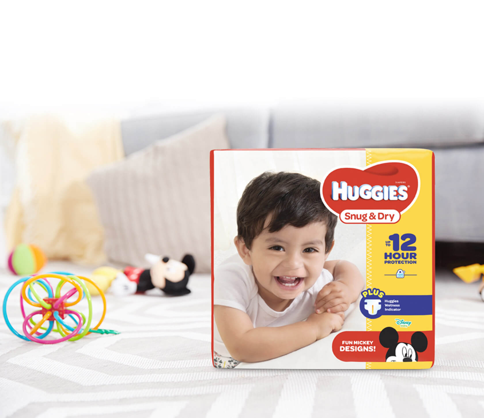 A Review of the Huggies Snug and Dry Diapers, Size 4, Economy Plus Pack, 192 Count